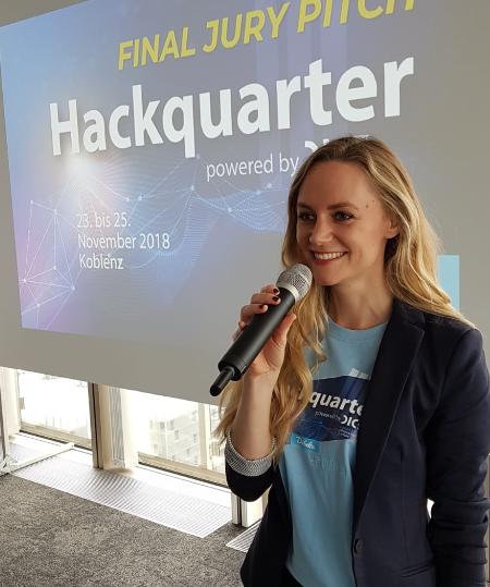 Janina Treis moderiert das Innovationswochenende der Debeka. Speaker von Microsoft, Detecon, DICE, InsurLab Germany & Ottonova standen mit Janina Treis auf der Bühne. Keynotes kamen von Cisco, Alphajump und T-Systems.